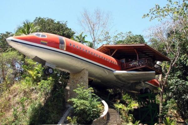 Boeing 727 convertido en lujoso hotel