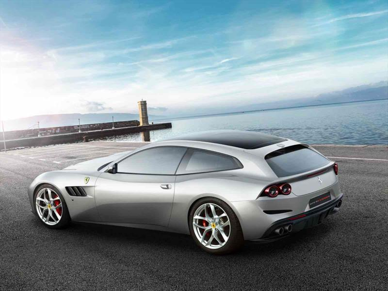Ferrari GTC4 Lusso T: todo el poder en tus manos