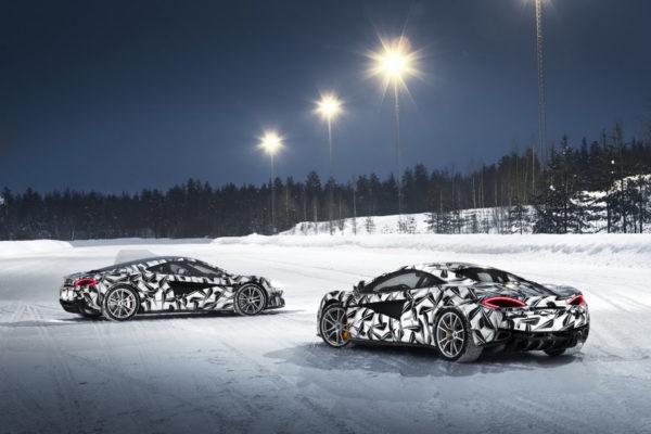 Pure McLaren Arctic Experience: un espectacular curso de conducci�n sobre hielo