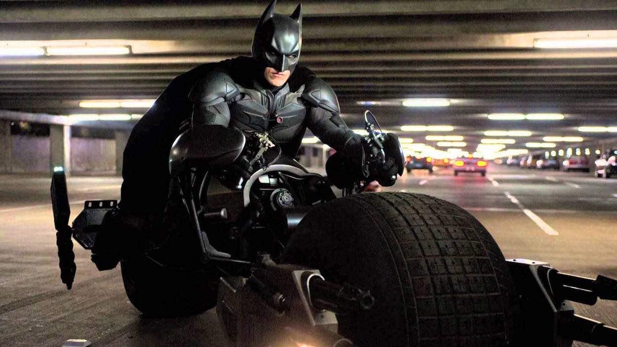 Subastada la moto que Batman llevaba en El Caballero Oscuro