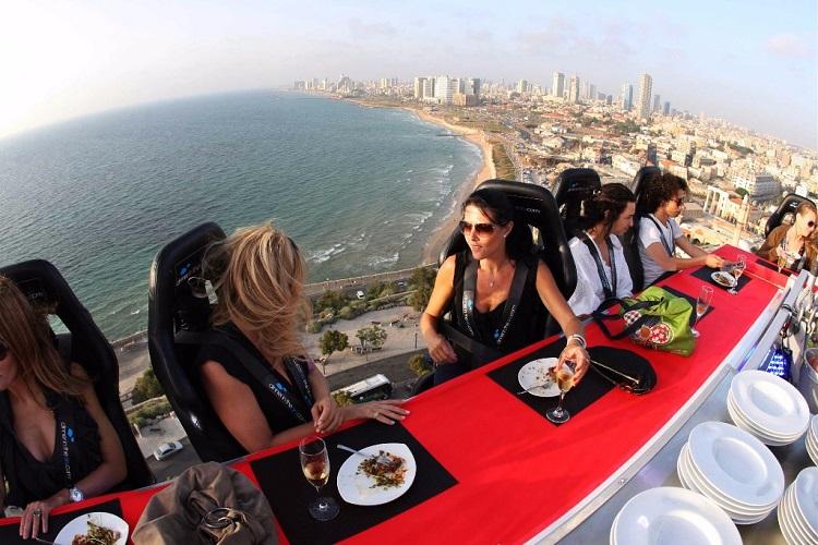 Dinner in the Sky: una emocionante experiencia gourmet cerca del cielo