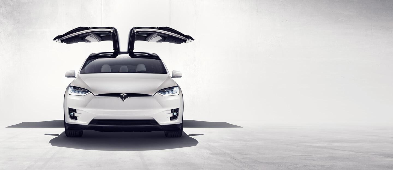 Tesla Model X, el vehículo deportivo todoterreno más seguro y rápido de la historia