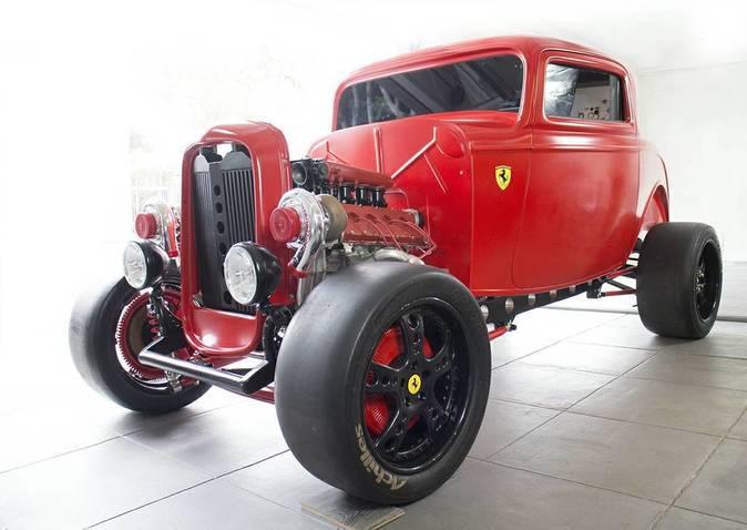 Camioneta Ford de 1932 + motor Ferrari = 950 caballos de potencia