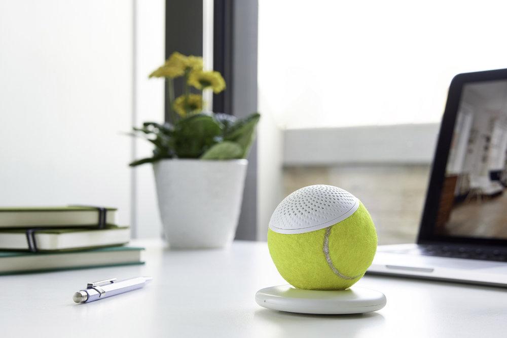 HearO, la pelota de tenis que se convierte en un altavoz
