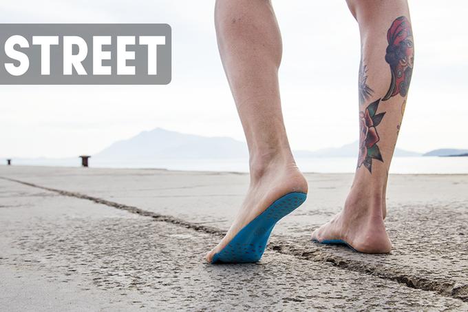 NakeFit, las plantillas para andar descalzos por la arena sin quemarse