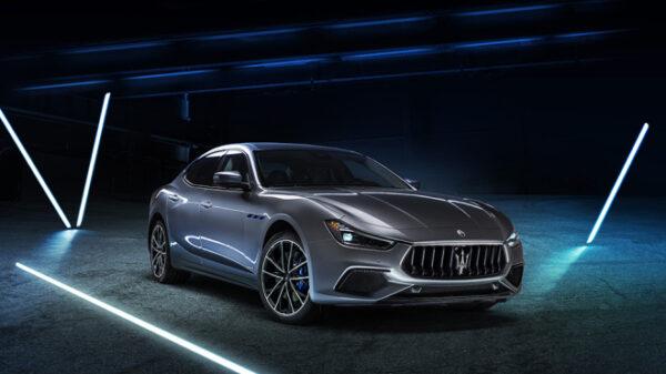 Maserati presenta su primer coche híbrido